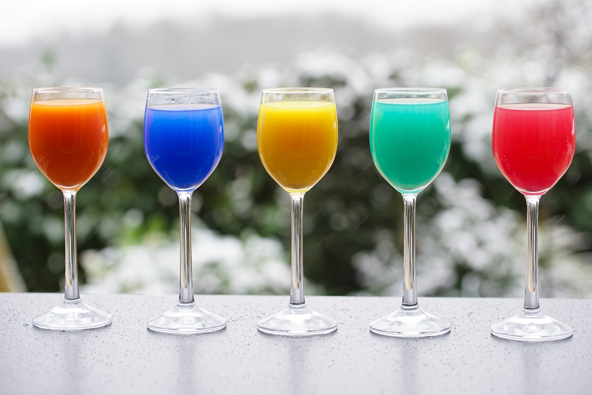 colorful-drinks-3252160_1920
